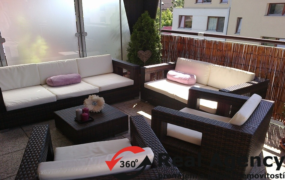 3+KK / TERASA / 150 m², 2X GARÁŽOVÉ STÁNÍ, OV, PRAHA 10 ŠTĚRBOHOLY