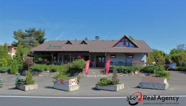 Prodej zařízené bezbariérové restaurace s vlastním parkovištěm.