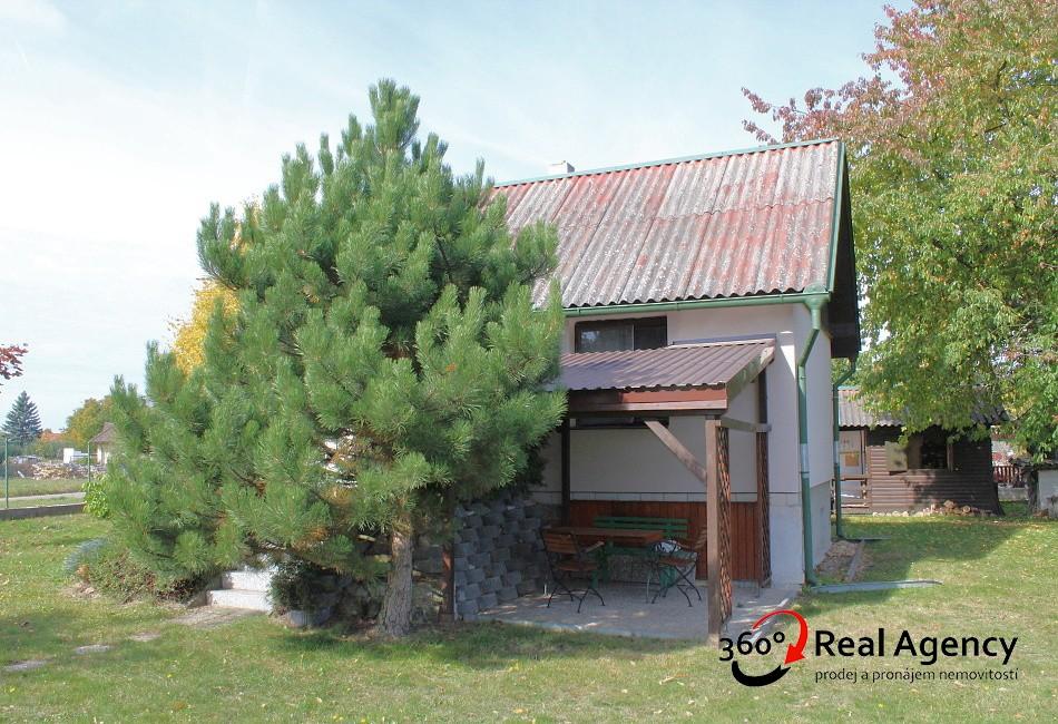 Prodej RD v krásném prostředí v Semicích u Písku. Pozemek 751m2.