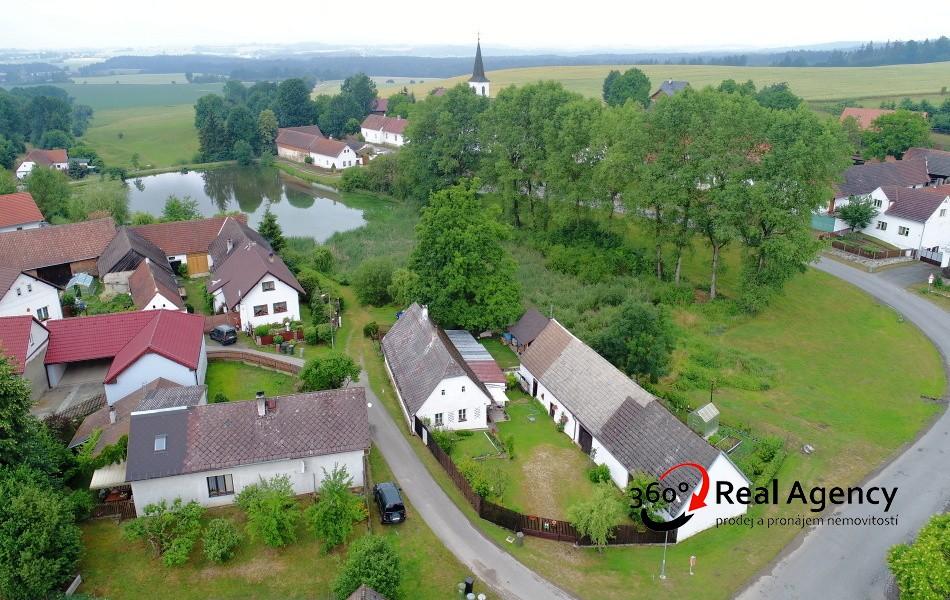 Prodej rodinného domu/ chalupy 48 m², pozemek 679 m²