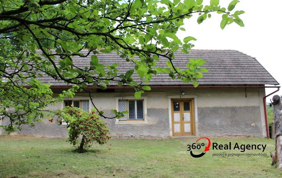 Prodej rodinného domu 90 m², pozemek 795 m²