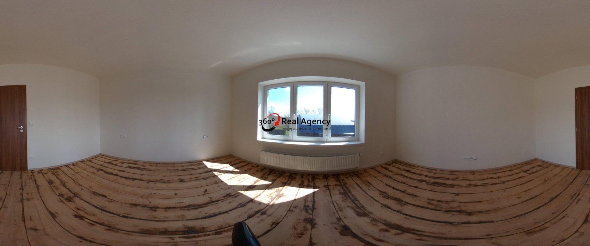 Prodej rodinného domu v Říčanech, 185 m², pozemek 926 m², OV.