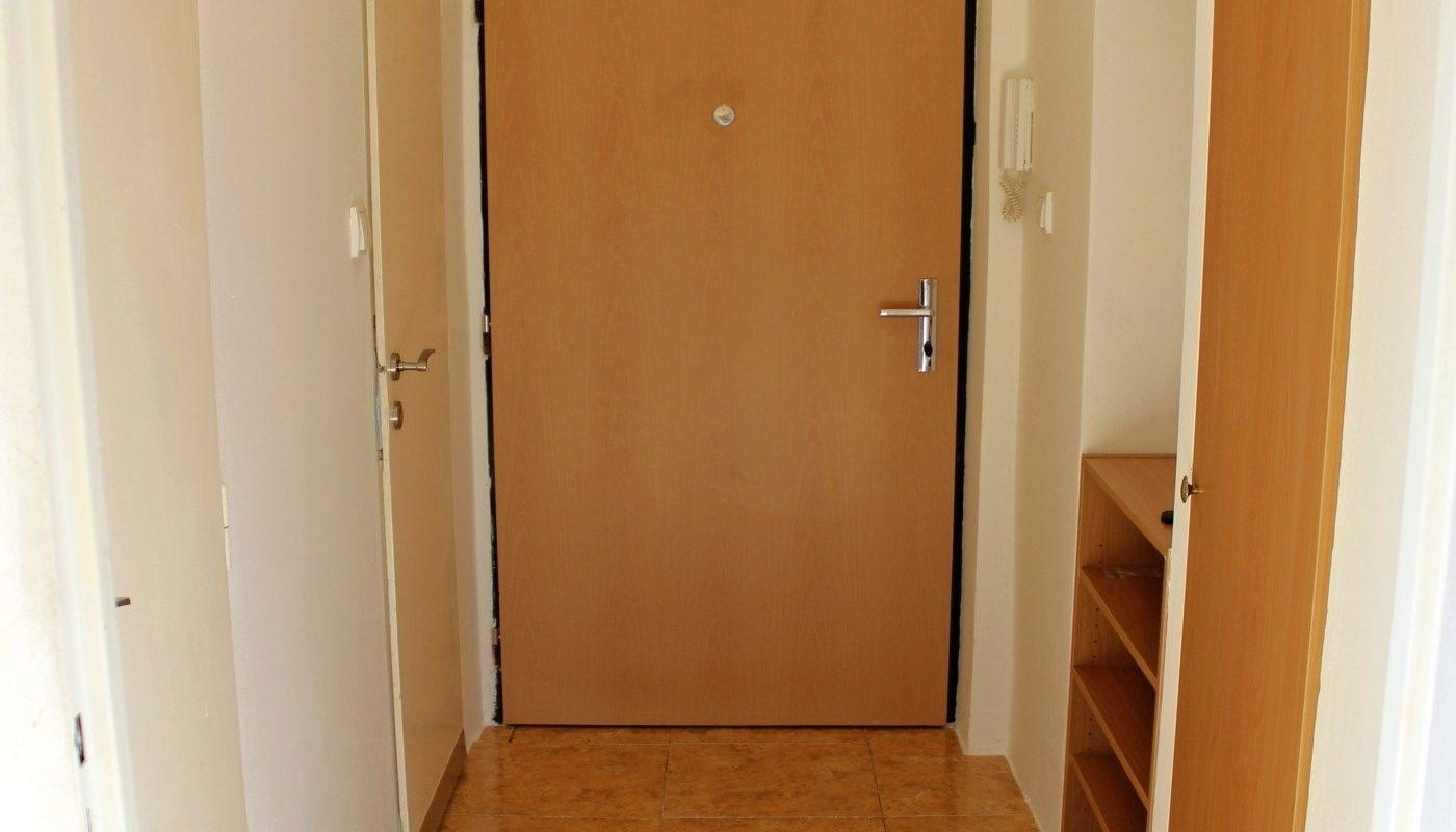 Byt 2+1/B, 49 m2, OV, Praha 7 Holešovice.