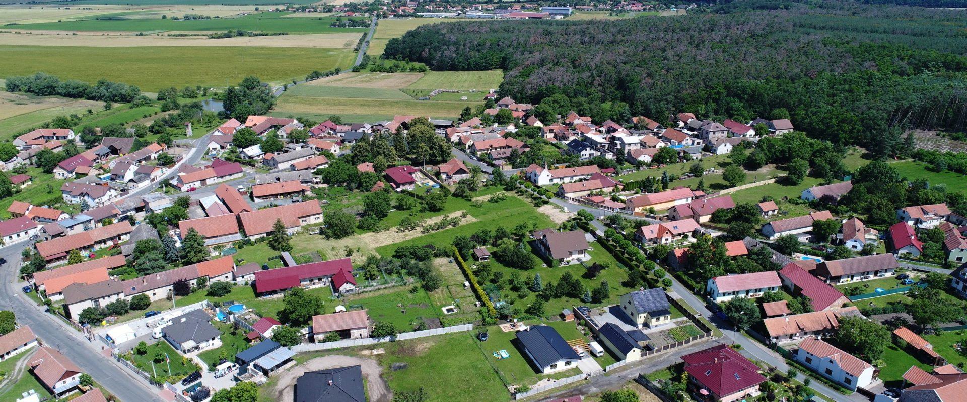 Prodej rodinného domu 166 m², pozemek 1 122 m², Němčice u Kolína.