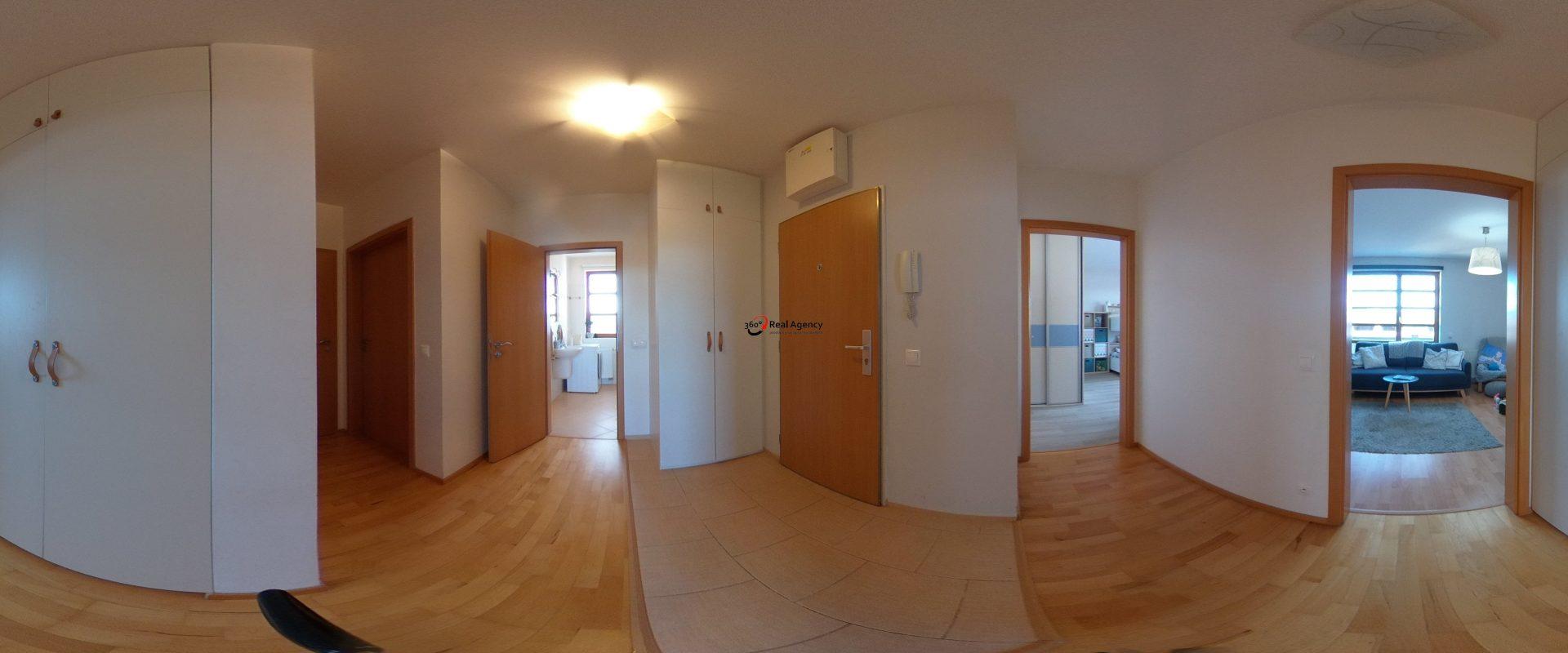 Prodej bytu 3+kk 87 m², + garážové místo, ul. Václava Rady, Praha 5 – Zbraslav.