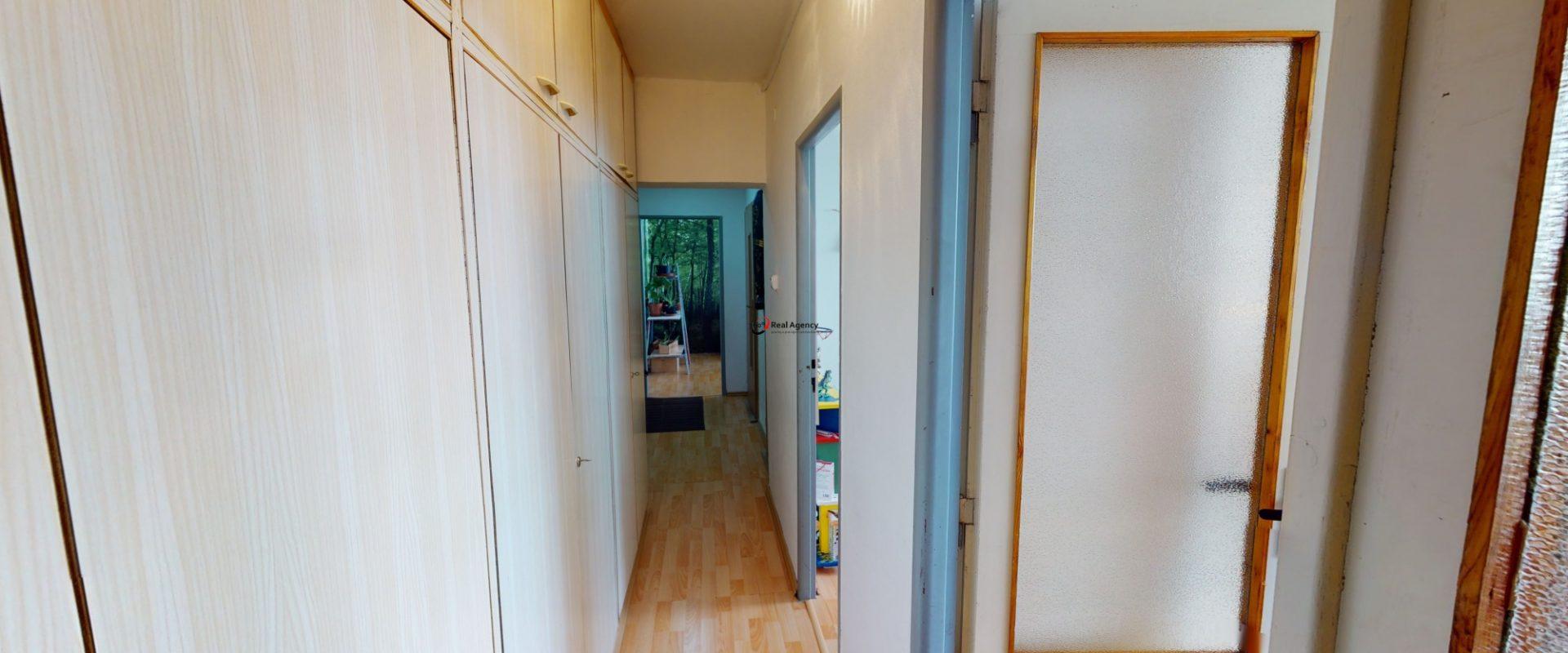 Prodej bytu 3+1/L/sklep 64 m², Praha 10 Strašnice.