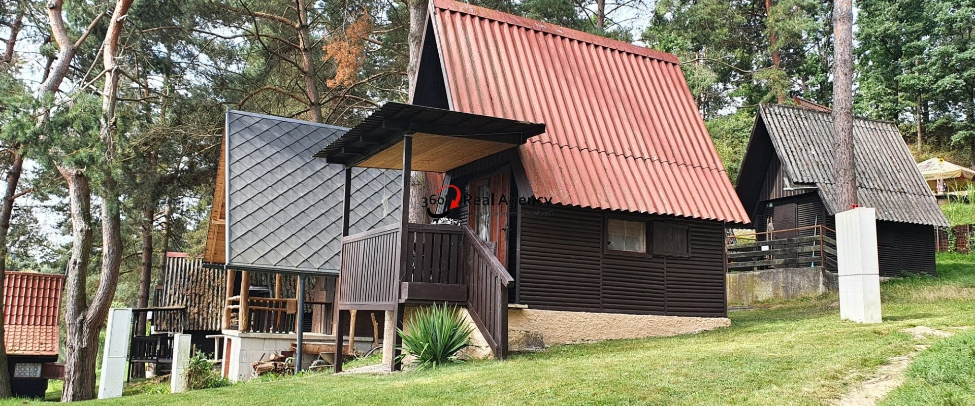 Prodej chaty 23 m², pozemek 98 m² Bechyně – Hvožďany, okres Tábor.